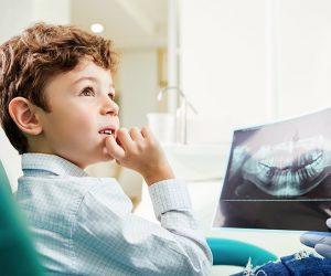 sedación consciente para niños con miedo a ir al dentista en Valencia